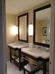 great horizontal vs vertical led mirror lighting for a bathroom