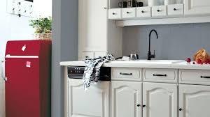 peindre porte cuisine changer les portes de sa cuisine cool peindre with changer porte