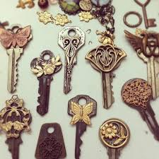 best 25 old key crafts ideas on pinterest diy key holder key