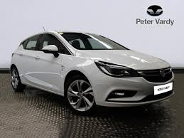 vauxhall astra 2017 2017 vauxhall astra hatchback 1 4t 16v 150 sri 5dr peter vardy