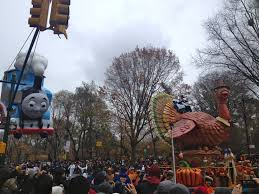 snoopy thanksgiving day parade the macy u0027s thanksgiving day parade up close in person