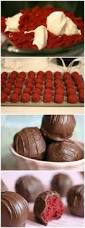 Festive Chocolate Covered Strawberries Omg Strawberry Chocolate Cake Is Like The Best Chocolate Covered