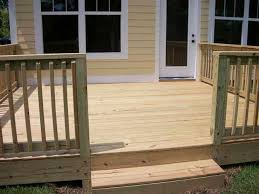 Backyard Deck Pictures by Best 25 Cheap Deck Ideas Ideas On Pinterest Wood Pallet Walkway