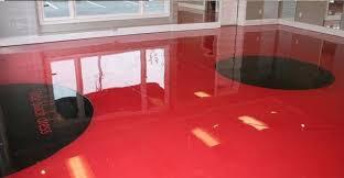 r駸ine meuble cuisine resine sol cuisine gallery of animer une cuisine neutre avec un