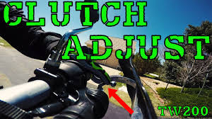how to adjust the clutch lever freeplay on a yamaha tw200 youtube