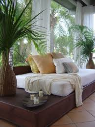 Tropical Bedroom Furniture Sets by Best 25 Tropical Bedrooms Ideas On Pinterest Tropical Bedroom