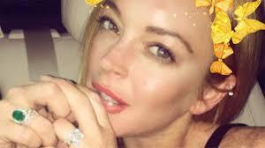 Lindsay Lohan Bedroom Lindsay Lohan Is Still Showing Off Her Engagement Ring On A