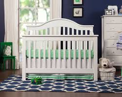 when to convert crib into toddler bed amazon com davinci jayden 4 in 1 convertible crib white
