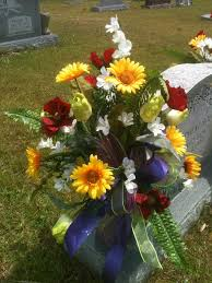 Easter Decorations For Graves by Best 25 Graveside Decorations Ideas On Pinterest