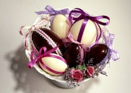 Easter Egg Decorating Ideas Space by Easter Decoration Ideas With Brightly Painted And Splendidly