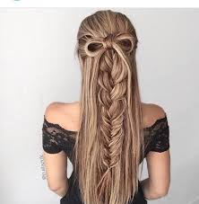 Cute Sporty Hairstyles A Few Highlights Add Volume To This Half Updo Braid With Hair Bow