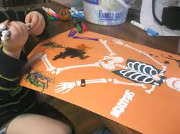 i am an artist art with kids halloween skeleton