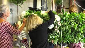 Chandelier Youtube Floral Huge Chandelier Editonline Us