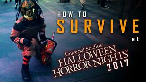 how to survive at halloween horror nights 2017 youtube