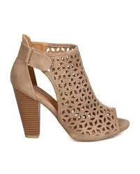 new women bailey 43 nubuck peep toe perforated cut out chunky heel