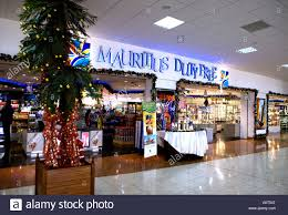 christmas gifts airport stock photos u0026 christmas gifts airport