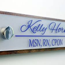 Desk Plates For Offices Desk Name Plate And Accessory From Garo Signs Llc