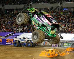 monster truck show in chicago monster jam si com