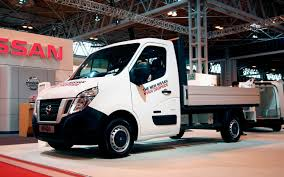 nissan commercial van nissan reveals more details of european nv400 commercial van range