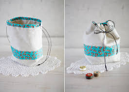 drawstring gift bags small drawstring gift bag diy tutorial ideas