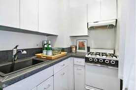 500 Square Feet Apartment 5 Tiny But Cute Manhattan Studios For Under 400 000 Curbed Ny