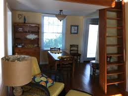 awesome 1 bedroom apartment steps from ev vrbo