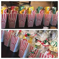 Christmas Basket Best 25 Movie Basket Gift Ideas On Pinterest Movie Night Gift