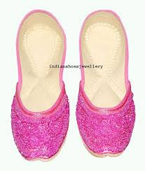 Wedding Shoes India The 41 Best Images About Dei Indian Footwear On Pinterest