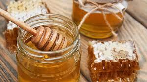 qu est ce qu une royale en cuisine pollen gelée royale propolis pourquoi le miel est bon pour nous
