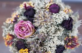 Wedding Flowers Guide Wedding Flowers In Season Your Guide To Picking Flowers During