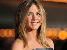 the rachel haircut on other women jennifer aniston why are tabloids so obsessed with pregnancy