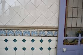 carrelage ancien cuisine carrelage a coller sur ancien maison design bahbe com
