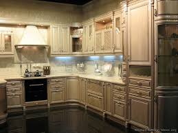 Whitewashed Kitchen Cabinets Traditional Whitewash Kitchen Cabinets 31 Kitchen Design Ideas