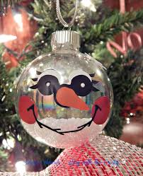busy with the cricky snowman ornaments on my trees