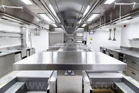 www stainlesssteeltile com likes the look commercial kitchen