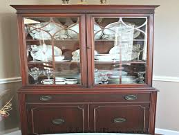 how to arrange a china cabinet pictures 1940 china cabinet finally found a picture of how to arrange my