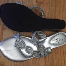 Silver Comfort Sandals 80 Off Dexflex Comfort Shoes De Flex Comfort Sandals Shoes 10