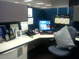 wall ideas cubicle wall decor cubicle partition accessories