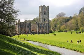 Yorkshire England Map by Discover Quintessential England At Fountains Abbey North