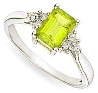 peridot engagement ring peridot engagement rings lovetoknow