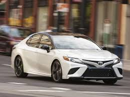 midsize match up edmunds sizes up camry versus accord