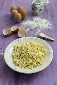 cuisine pates recette de spaetzlés aux poulet et aux chignons stella cuisine