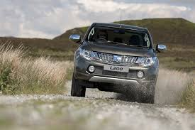 mitsubishi triton offroad mitsubishi l200 series 5 2016 review by car magazine