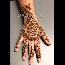 something a little different a checkered teardrop henna design