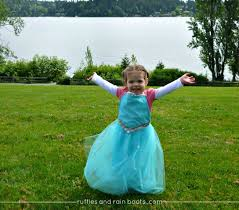 frozen inspired queen elsa dress up apron tutorial inspiration