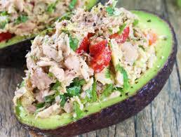 légumes faciles à cuisiner l avocat farci aux légumes et au thon pour un repas santé et rapide