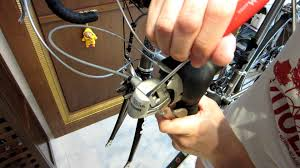 st on right or left shimano ultegra st 6603 3x10 speed removal of shimano ultegra st 6501 shifter name plate cap youtube
