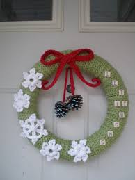 crochet christmas wreath little nutbrown squirrel