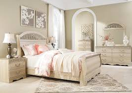 Slay Bedroom Set By The Room Furniture Catalina Antique White Queen Sleigh Bed