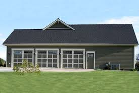 What Is A Rambler Style Home Craftsman Style House Plan 4 Beds 3 50 Baths 2800 Sq Ft Plan 21